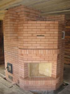 04 Банная печь - вид из комнаты отдыха