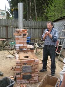11 Отопительно-варочная печь из кирпича, бывшего в употреблении - сделана за один день