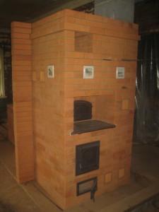 Печь построена и просушена - вид со стороны кухни, 042