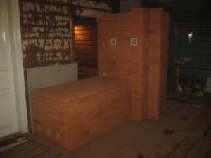 Печь построена и просушена - вид со стороны спальни, 043